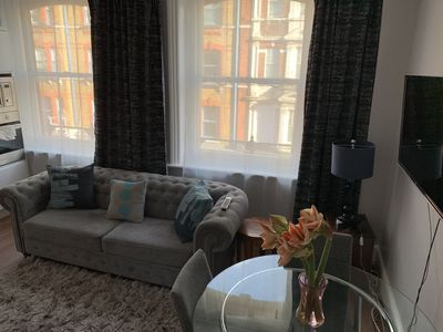 Photo for Spacious One bedroom, Central London Apartment (F2)