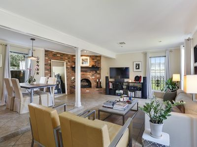 Photo for Stylish & Comfortable 2 Bedroom Townhouse
