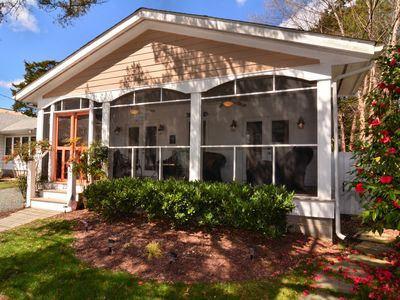 Pet Friendly Recent Renovations 4BR Easy Walk to Beach & Town Sleeps 10