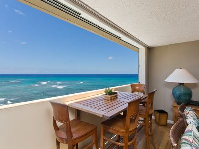 Our Penthouse over the Pacific - A true gem that sleeps 4 is lovingly cared for.