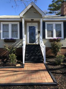 Photo for NEW LISTING! Charming Cottage style home 5 mins to Downtown w/deck & yard