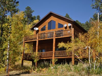 Photo for Westwinds Lodge - Gorgeous Views With Beautiful Decor, Private Hot Tub And Wifi