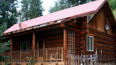 Photo for Bear Ridge Cabin: Peaceful, private getaway 15 minutes from town!