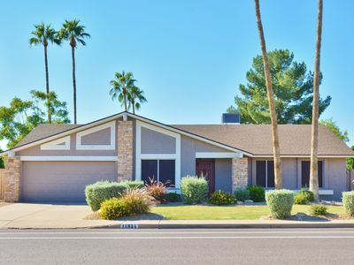 Photo for Gorgeous Scottsdale Home-Close to Spring Training w/ Pool and Hot Tub!