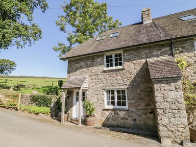 Photo for Spinsters Rock Cottage, CHAGFORD