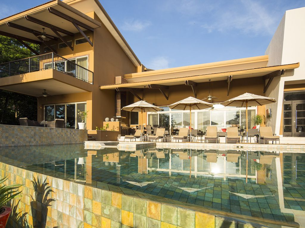 two pools two master suites perfect for f vrbo two pools two master suites perfect for families concierge golf