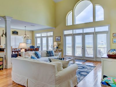Photo for Dog-friendly home on the Mississippi Sound w/breathtaking views