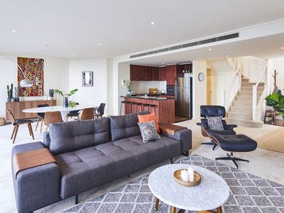 Photo for 3BR Apartment Vacation Rental in Melbourne, VIC