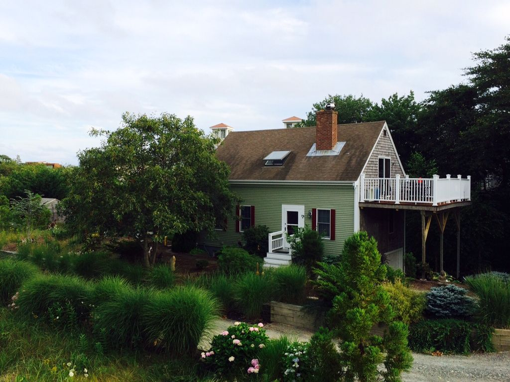 provincetown near truro book in action cottages cod cottage remaininginprovincetown tag cape img corn hill ma