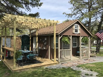 Photo for Rustic Primitive Tiny House Cabin