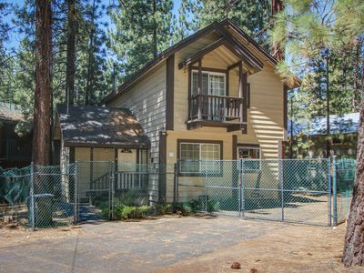 Photo for Dog-friendly home only five blocks from Heavenly Mountain Resort