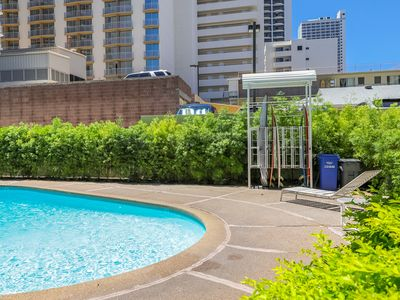 Photo for NEW LISTING! Central studio w/ shared pool, partial AC- beach across the street!