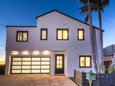 Photo for Newly Renovated 6 bed/6 bath Hollywood/Franklin Hills Compound