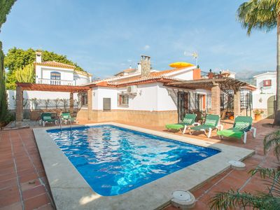 Photo for AMAZING VILLA 4 ROOMS, 2 BATHROOMS,PRIVATE SWIMING POOL.CLOSE TO CITY CENTRE