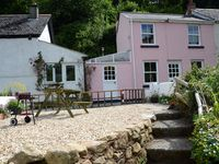 A lovely traditional Cornish cottage.