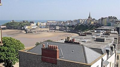 Photo for Apartment in the center of Tenby with Internet, Parking, Washing machine (689815)
