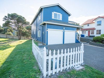 Photo for One Block To the Beach in this 4-Bedroom Beauty in Central Lincoln City!