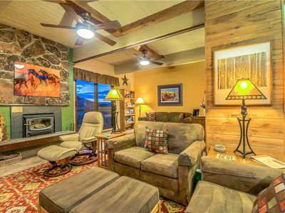 Photo for Fantastic Summer Rates - Amazing Condo Next To Resort!