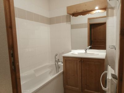 Photo for Apartment in the center of Saint-Gervais-les-Bains with Lift, Parking, Internet, Washing machine (339073)