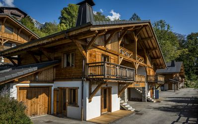 Photo for Beautiful chalet in traditional Samoëns - easy access to mountains and village.