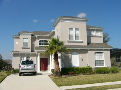 """Beautiful """"VILLLA TWINKLE"""" executive style Villa with lots of extras"""