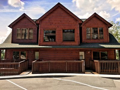 Photo for Condo/cabin with private hot tub, pool table, modern tvs and resort amenities