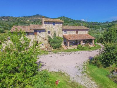 Photo for Beautiful agriturismo with swimming pool, in a quiet location