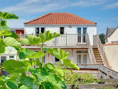 Photo for Low Tide - One Bedroom House, Sleeps 2