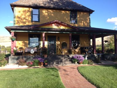 Photo for Large Farmhouse near downtown Palisade - Perfect for groups! Pet &420-friendly!