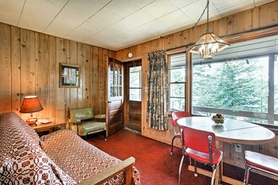 Up to 3 guests can call this cozy cabin their temporary home!