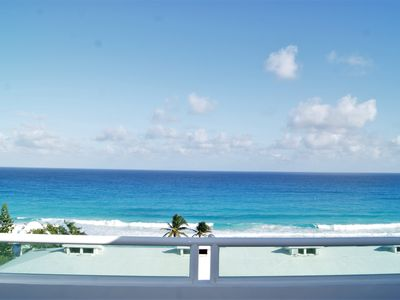 Photo for Oceanview Four Bedroom penthouse - Rooftop Jacuzzi