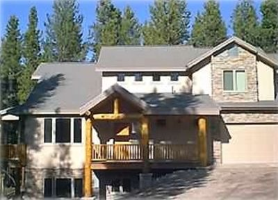 Photo for HOME IN QUIET NEIGHBORHOOD, VIEWS,PRIVATE HOT TUB,GARAGE,FREE WI FI