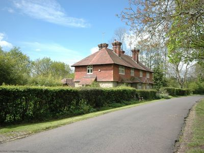 Photo for Sheriff Cottage - Horsted Keynes