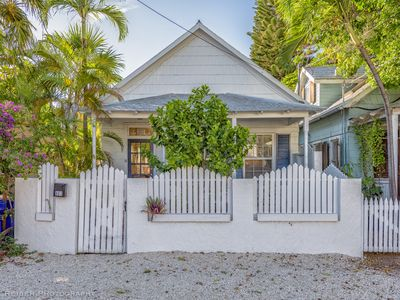 Starfish Monthly Rental 2 blocks from Duval street