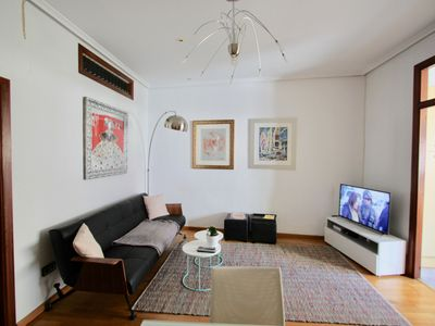 Photo for With two steps of the town hall of VALENCIA, apartment with all comfort and services modern.