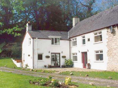 Photo for 1 bedroom property in Llangrannog. Pet friendly.
