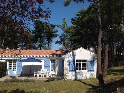 Photo for Holiday home neat 200m from the beach on the island of Noirmoutier in the Vendée