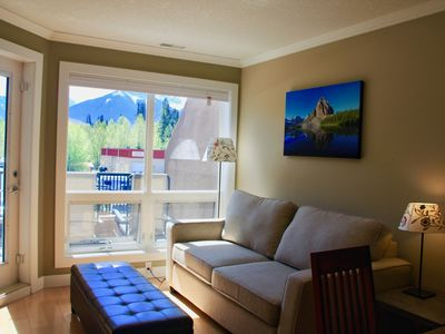 Photo for 2 Bedroom With Vaulted Ceiling And Gorgeous Mountain View