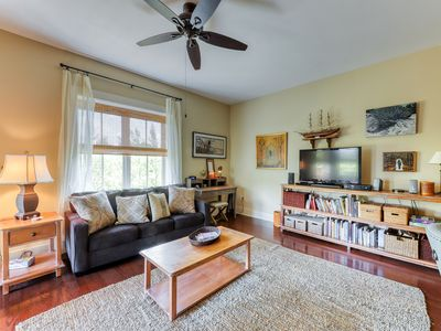 Photo for Cozy condo w/ a treetop view, shared pools, & private beach access