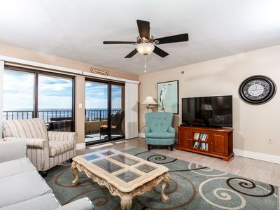 Very spacious beach front living room with lots of comfortable s - The view is amazing and the upgrades are endless!