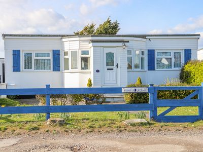Photo for Seagull Cottage, PAGHAM