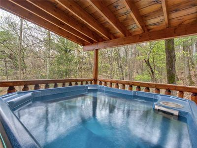 Photo for Dreams Do Come True, 1 Bedroom, Hot Tub, Fireplace, Sleeps 6
