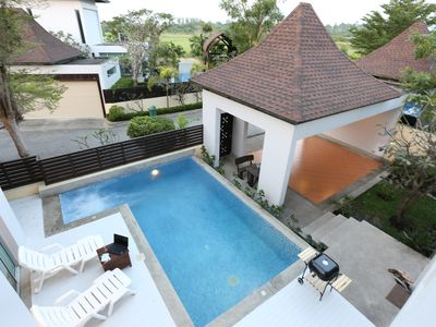 Photo for AnB poolvilla Glass H close JomtienBeach