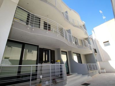 Photo for One bedroom Apartment, sleeps 4 in Otranto with Air Con