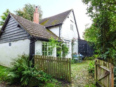 Photo for THE SMITHY, pet friendly in Mortimers Cross, Ref 934782