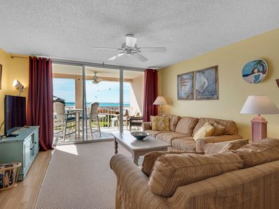 Photo for Comfortable bay view unit, Beach setup and bicycles  included, Quick drive to dining