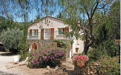 Photo for 3BR House Vacation Rental in Hyères, PROVENCE MEDITERRANEE