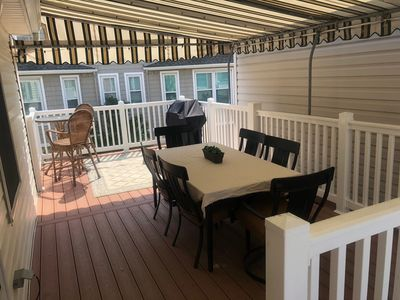 Huge deck with awning! Beach view! Sorry, assoc doesn't allow grilling by guests