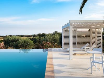 Photo for 3 bedroom Villa, sleeps 6 in Finocchiara with Pool and WiFi