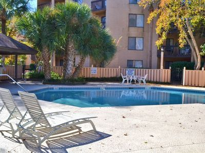 2BR/2BA Condo in Hilton Head Island, SC - Evolve Vacation Rental Network